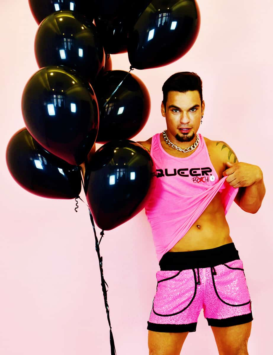 Tanktop Gina Dee Queer Rosa Model
