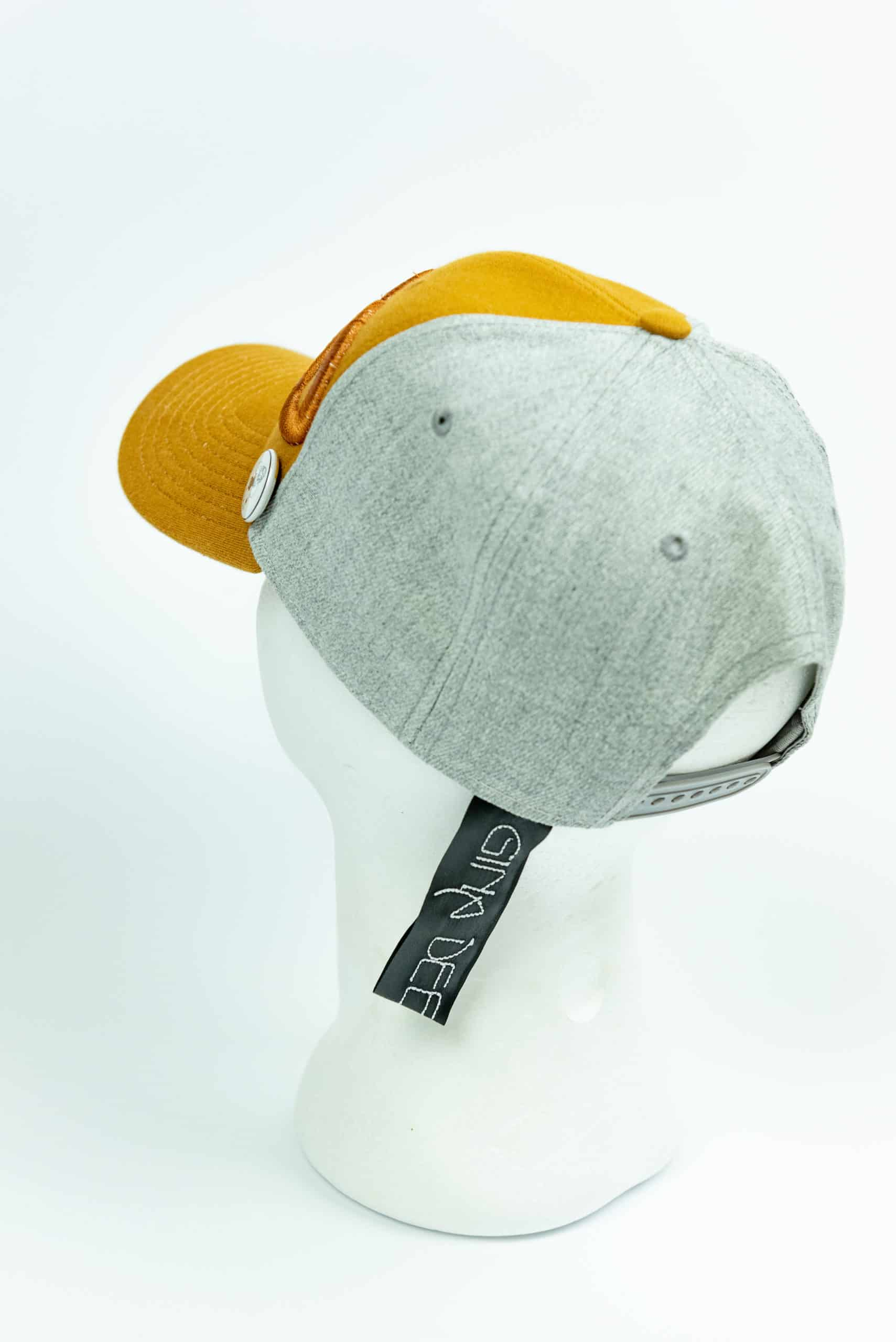Cap Casual Spring Gold Back